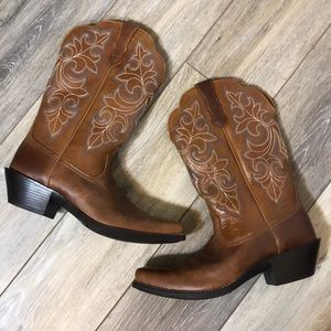 Ariat | Round Up Square Toe Western Boot